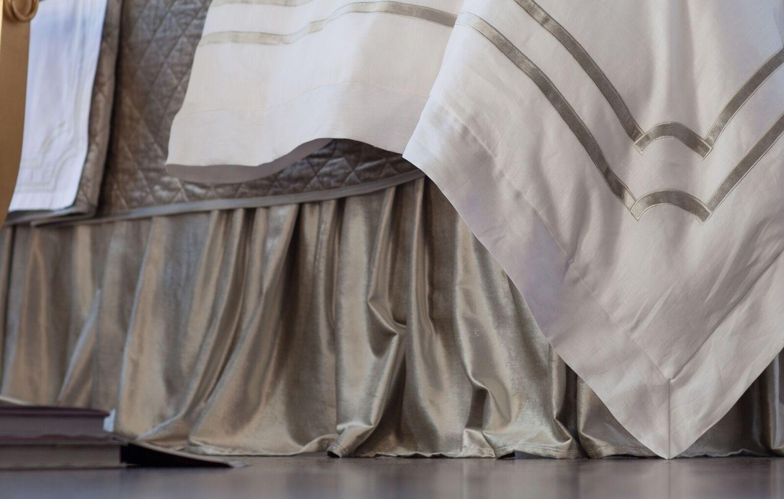 CHLOE GATHERED 3 PANEL BED SKIRT / ICE SILVER VELVET 3/22X86
