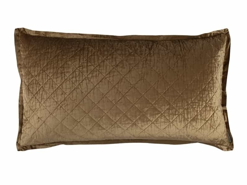CHLOE KING PILLOW / STRAW VELVET 20X36