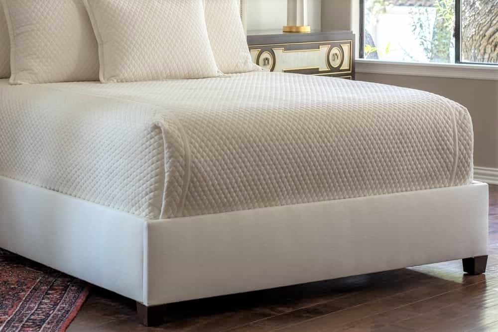 Laurie King Coverlet Luxury Bedding Made with 1-inch Diamond Quilted Ivory Basketweave