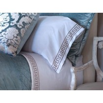 DIMITRI 2 KING 300TC PILLOWCASES WHITE / DK CHAMPAGNE KING