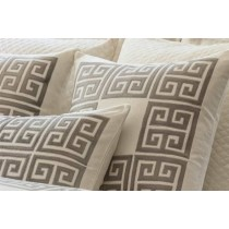 GUY SQ. BORDER PILLOW IVORY BASKETWEAVE/ PLATINUM VELVET APPLIQUE 24X24
