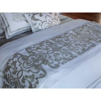 MOZART THROW / WHITE LINEN / ICE SILVER VELVET 45X98
