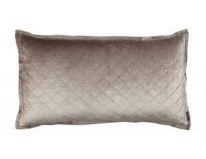 CHLOE KING PILLOW / CHAMPAGNE VELVET 20X36