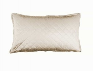CHLOE KING PILLOW / IVORY VELVET 20X36
