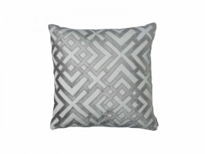 KARL SQ. PILLOW / IVORY BASKET WEAVE / PLATINUM VELVET 24X24