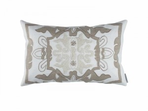 MOROCCO SM. RECT. PILLOW / WHITE LINEN / NATURAL LINEN 14X22