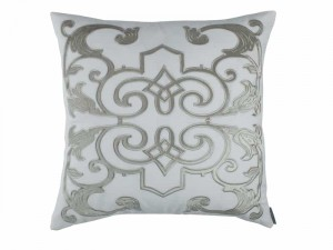 MOZART SQ. PILLOW / WHITE LINEN / ICE SILVER VELVET 24x24