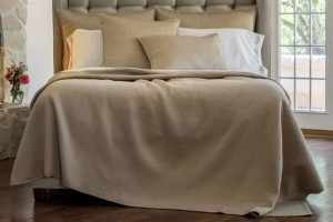 RETRO KING COVERLET TAUPE S&S 112X98